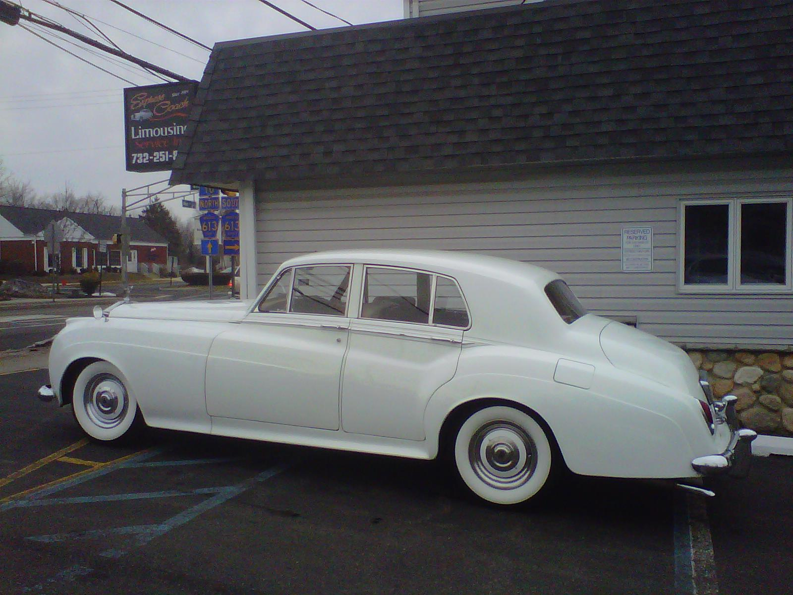 Magnificent Classic Car For Rent For Weddings Vignette